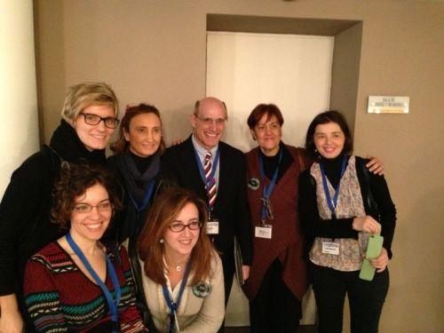 Rafael Bengoa con diferentes asistentes y organizadores de la I Jornada de Gestión Sanitaria